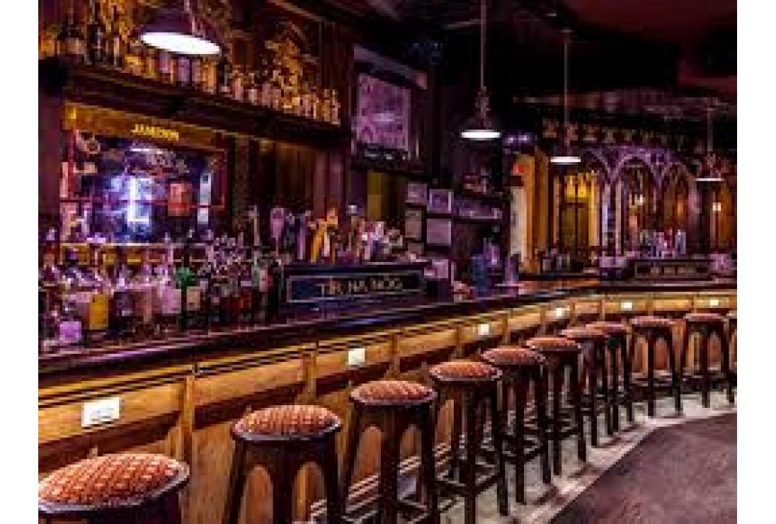 Thiết kế quán bar theo phong cách hiện đại 2020