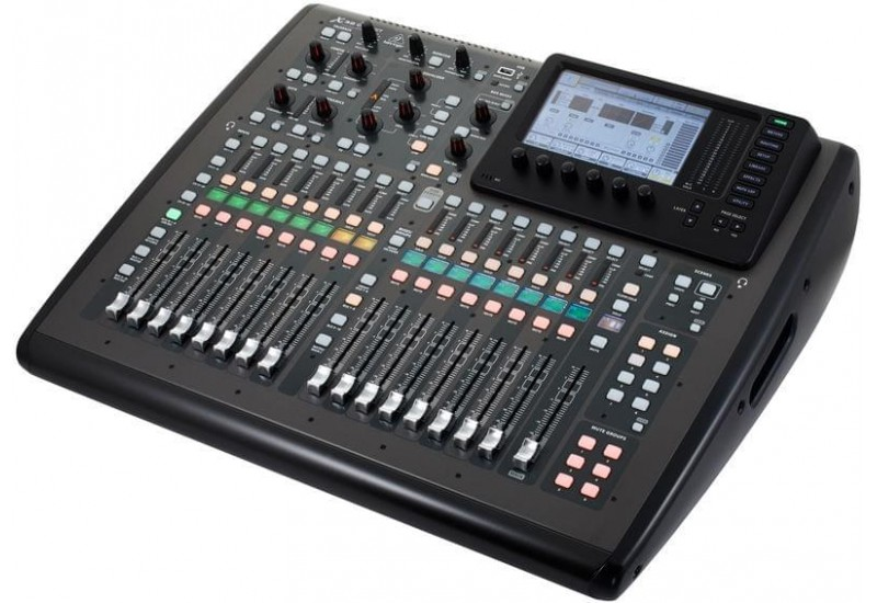 Behringer X32 COMPACT